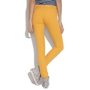 Madewell mustard color skinny skinny ankle jeans
